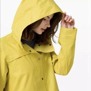 Lululemon Into The Drizzle Rain Jacket Coat Sz 10